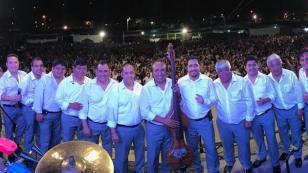 Agua Marina lanza un nuevo video musical por su 42 aniversario