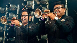 Armonía 10 deslumbró a su público en la quinta edición del 'Alternativo Music Festival'
