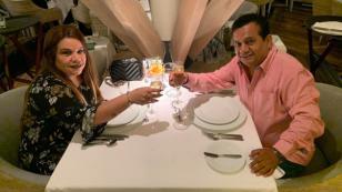 Así celebró Tony Rosado su 31 aniversario de bodas