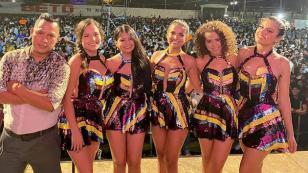 Corazón Serrano celebra las 300 mil reproducciones de 'Mix Ecuador de mi corazón'