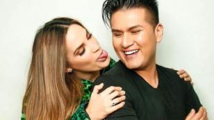 Deyvis Orosco cumple los antojos de Cassandra Sánchez por su embarazo