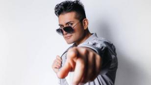Deyvis Orosco estrenó 'Pecadora' versión cumbia dúo con su fallecido padre, Johnny Orosco