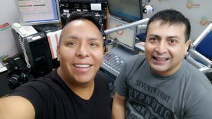 ¡Edwin Sierra y Oscar del Río cerraron la semana con todas las pilas en 'Qumbias y Risas'! [VIDEO]