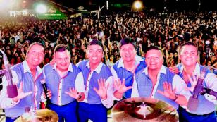¡El Grupo5 brilló en Huacho!
