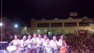 El Qumbiatonazo fue un éxito total con Puro Sentimiento, Clavito y Grupo5 (FOTOS Y VIDEOS)