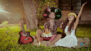 """Galán """"conquista el corazón"""" de Ana Claudia de Puro Sentimiento en nuevo videoclip"""