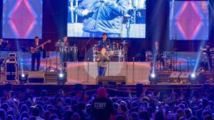 Grupo 5 puso a bailar a 20 mil personas en Arequipa