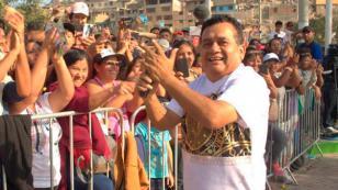 Hinchas gozaron con música de Tony Rosado en la previa del Perú-Arabia Saudita