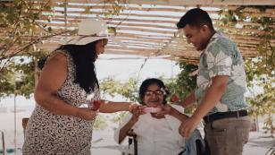 La Única Tropical estrenó 'Bonita' en homenaje por el Día de la Madre