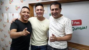 ¡Leonard León presentó su nueva canción '20 veces' en 'Qumbias y Risas'! (VIDEO)