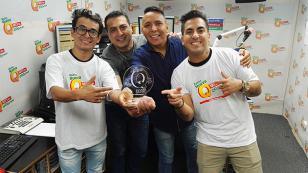 ¡Mira la premiación a Los Tigres de la Cumbia por la canción 'Porque un hombre no llora'!
