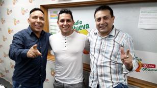 Néstor Villanueva presentó su canción 'Quisiera quererte' en 'Qumbias y Risas' (VIDEO)