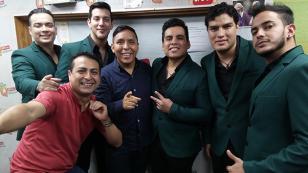 Orquesta Candela cantó 'Tu falta de querer' en 'Qumbias y Risas' (VIDEO)