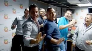 Dante Cardosa enseñó a Edwin Sierra los pasos de baile del Grupo 5