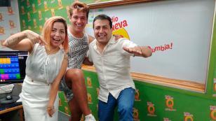 Ricky Santos presentó su canción 'La forma en que me miras' en 'El Show de las Mamis' (VIDEO)