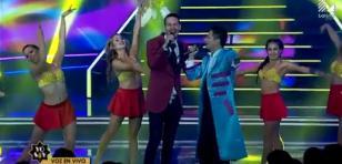 Vocalista de Ráfaga cantó con su imitador en 'Yo Soy'