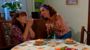 ¡Wanda y Chabela de 'Ojitos Hechiceros' también escuchan Nueva Q! (VIDEO)